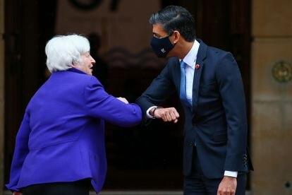 A Secretária do Tesouro dos Estados Unidos, Janet Yellen, e o ministro das Finanças do Reino Unido, Rishi Sunak, na cúpula do G7 em Londres no fim de semana.