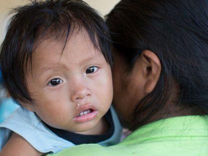 Cada vez mais latino-americanas chegam grávidas aos quinze anos