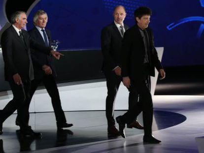 Iríbar, Jennings, Ravelli e Dasev em Niza para sorteio da Copa.