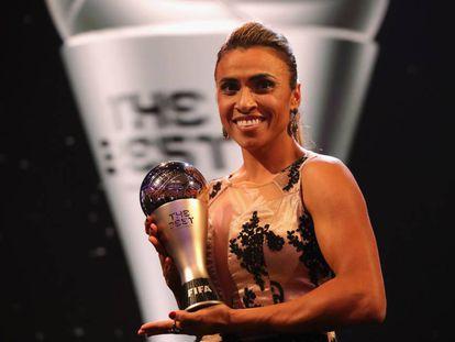 Marta ganhou o prêmio de melhor do mundo pela sexta vez.