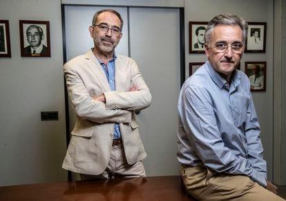 Borja Quintana (esquerda) e Antonio Planas, presidente da Sociedade Madrilenha de Anestesiologia, Reanimação e Terapêutica da Dor e secretário da Sociedade Espanhola da área.