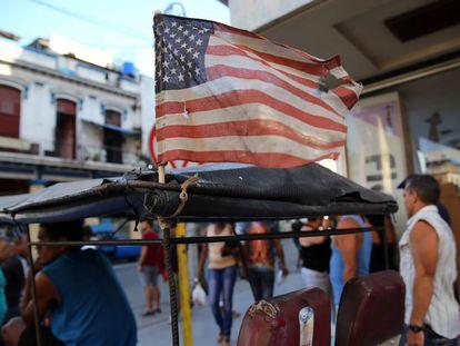 Uma bandeira dos EUA em Havana.