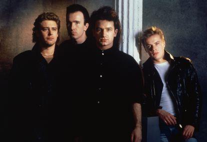 Adam Clayton, The Edge, Bono e Larry Mullen Jr. – ou seja, o U2 inteiro – numa foto do começo da carreira.