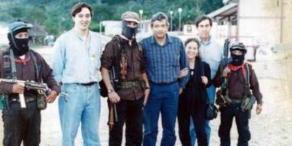 López Obrador em 1994 junto ao subcomandante Marcos e Cuauhtémoc Cárdenas