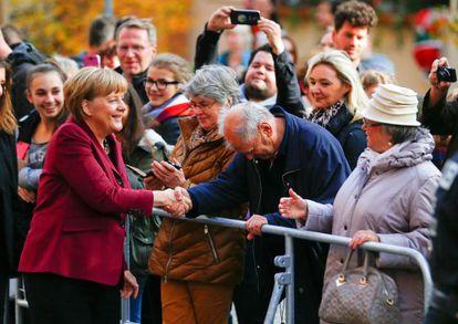 Merkel na chegada a um ato em Nuremberg.