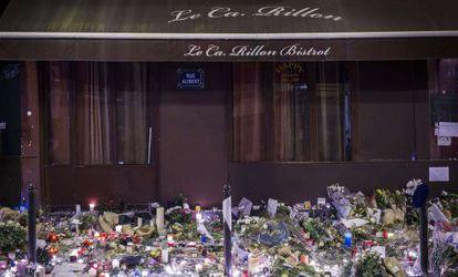 Tributo às vítimas dos ataques de sexta-feira em Paris.