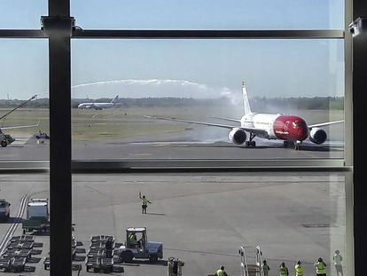 Aeronave no aeroporto de Ezeiza.