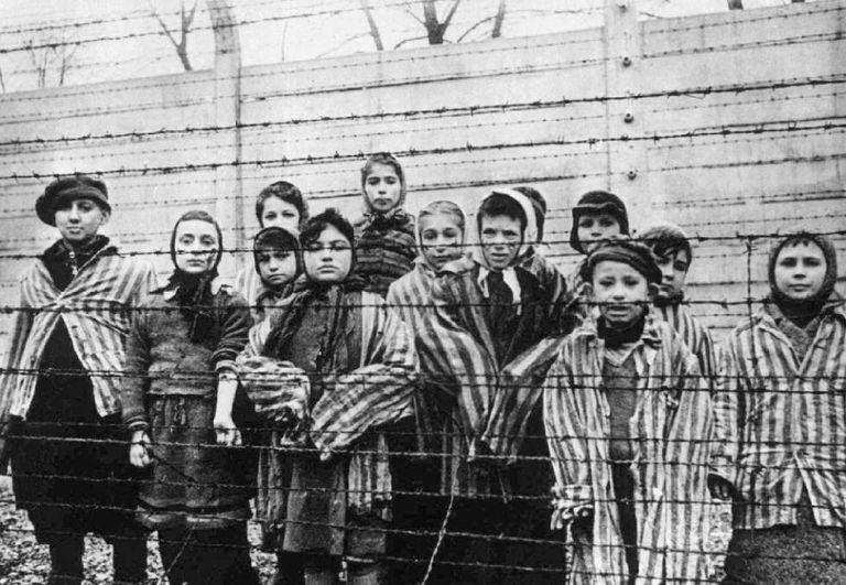 É possível mentir em um romance sobre o Holocausto?