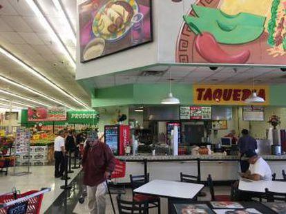 Supermercado da rede Fiesta em Dallas, Texas.