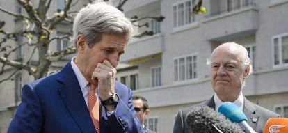 O Secretário de Estado dos EUA e o mediador da ONU para a Síria