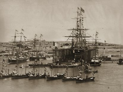 Cerimônia de abertura do canal de Suez, em 17 de novembro de 1869.