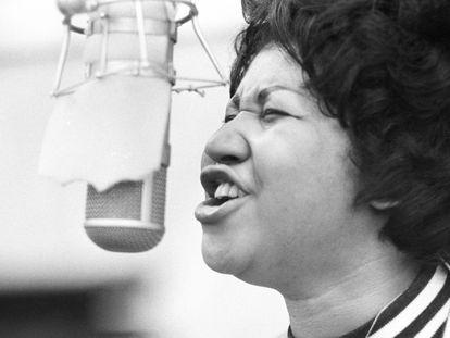 Aretha Franklin nos estúdios Atlantic Records de Nova York em janeiro de 1969.