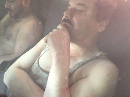 Primeira imagem de El Chapo após a prisão.