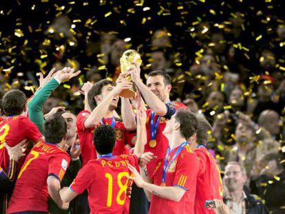 A Espanha campeã em 2010, quando o Brasil era o favorito do Goldman Sachs.