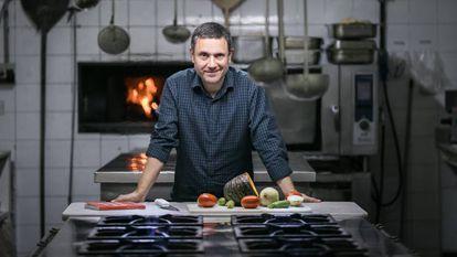 O crítico gastronômico Luiz Américo Camargo.