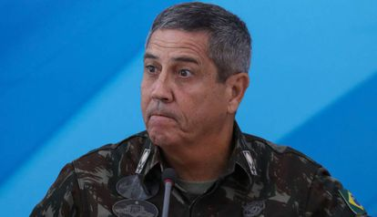 O general Walter Souza Braga Netto, ex-interventor no Rio, será o novo chefe da Casa Civil.