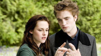 "Kristen Stewart e Robert Pattinson no filme da saga ""Crepúsculo""."