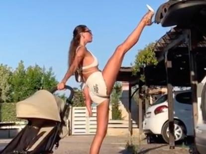 Anna Kanyuk fechando o porta-malas do carro em um dos seus vídeos mais comentados do Instagram