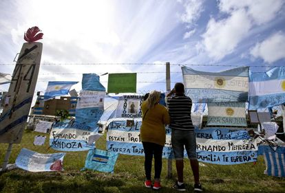 Familiares de tripulantes do submarino argentino ARA San Juan.