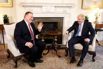 Mike Pompeo e Boris Johnson, em Londres, em janeiro deste ano.