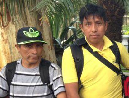 Três famílias bolivianas aguardam novidades sobre a reintegração de posse em frente ao 3º DP, na Rua Aurora, no centro da cidade. Levam consigo seus pertences e possivelmente dormiriam esta noite na Praça da República, segundo disseram.