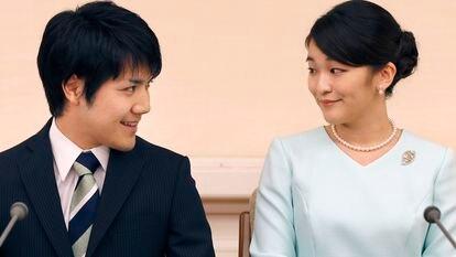A princesa japonesa Mako e o noivo, Kei Komuro, em Tóquio, em setembro de 2017