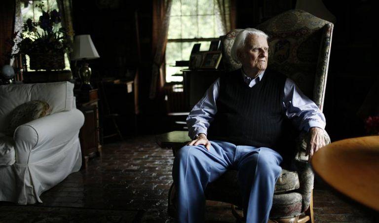 O pastor evangélico Billy Graham em sua casa, em Montreat (EUA), em uma imagem de 2006