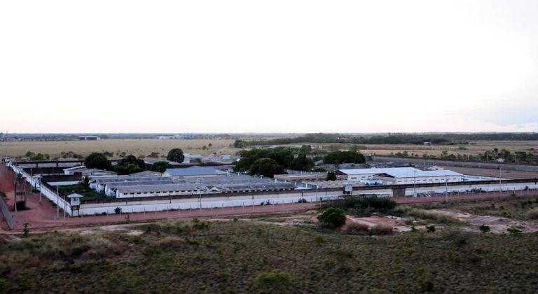Vista da penitenciária em Roraima, local de massacre.