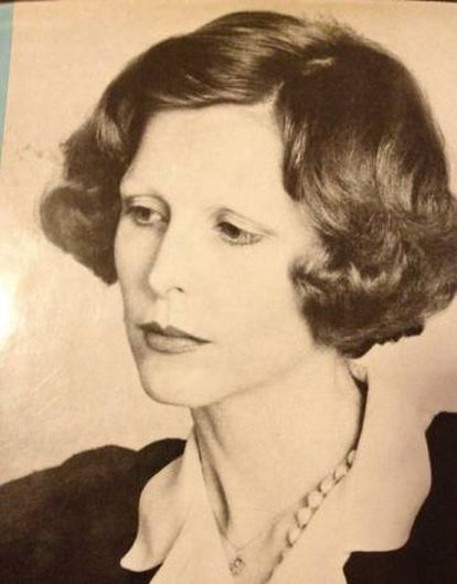 O filme se baseia em um livro de Ingeborg Day (foto), que narra a própria experiência ao manter um relacionamento com um estranho que a introduz nas técnicas sadomasoquistas.