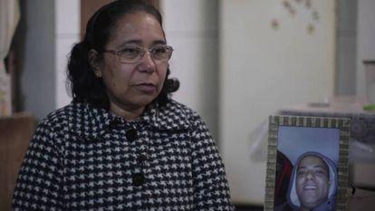 """""""Não suporto ver a polícia, fiquei traumatizada"""", diz mãe de jovem morto na chacina de Osasco"""