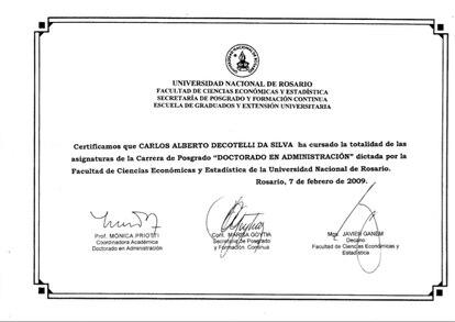 Certificado apresentado pelo MEC.