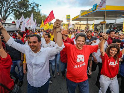 Fernando Haddad em campanha em Garanhuns (PT).