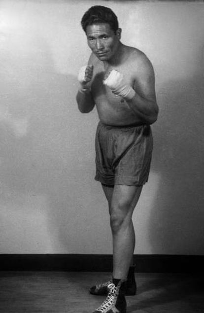Boxeador em uma imagem capturada no fim dos anos cinquenta.