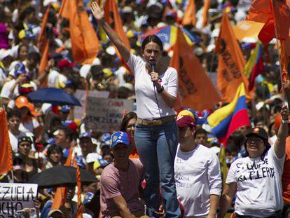 A opositora María Corina Machado durante a manifestação.