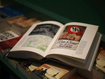Edição crítica de 'Minha luta', em livraria de Munique.