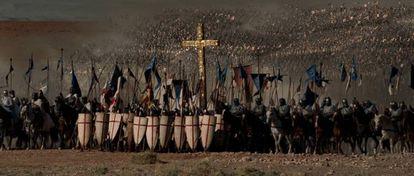 O exército cruzado a caminho de Hattin em 'Cruzada'.