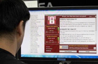 Imagem do 'ransomware' em um computador na Korea Internet and Security Agency (KISA) em Seul.