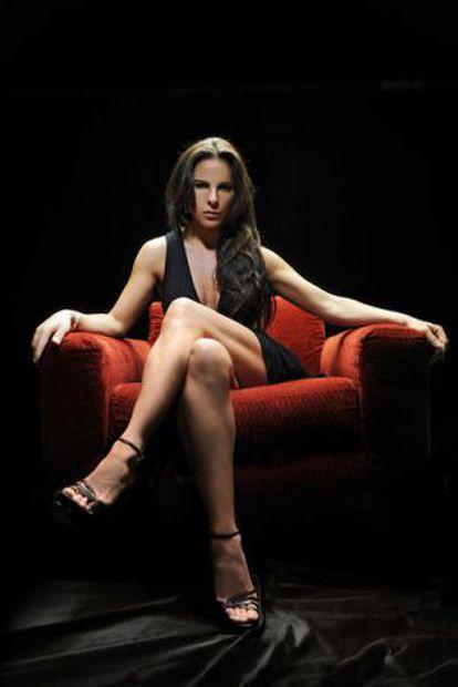 A atriz Kate del Castillo na série 'La reina del sur' (2011).