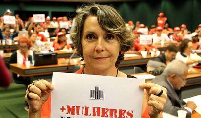 A deputada Erika Kokay milita pelos direitos humanos há mais de 40 anos.