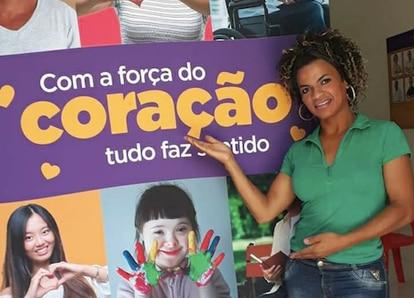 Filiada ao MDB, Aghata Ferreira concorre a vereadora em Criciúma (SC).