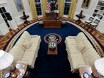 A general view shows the Oval Office as decorated for newly-inaugurated President Joe Biden at the White House in Washington, U.S. January 21, 2021.  REUTERS/Jonathan Ernst