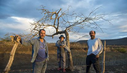 Luiz Villamarin, Walter Carvalho e George Moura, o trio criador de 'Onde nascem os fortes'