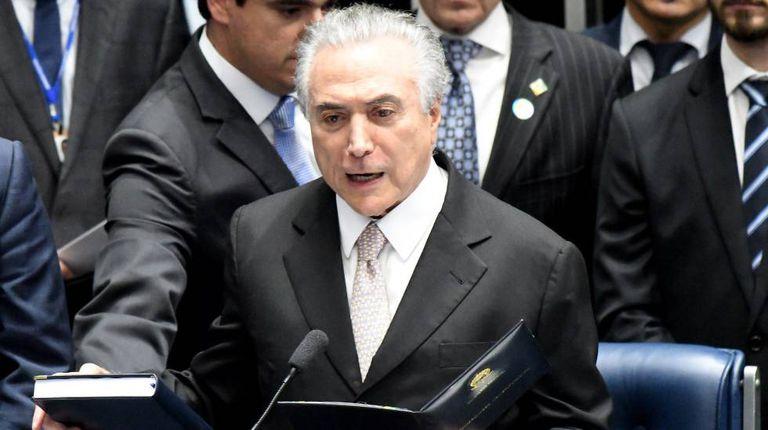 Como novo presidente da República, Michel Temer fez juramento no Congresso Nacional.