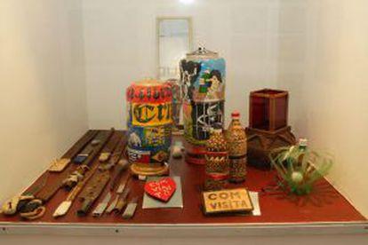 Objetos artesanais feito por detentos do Carandiru.
