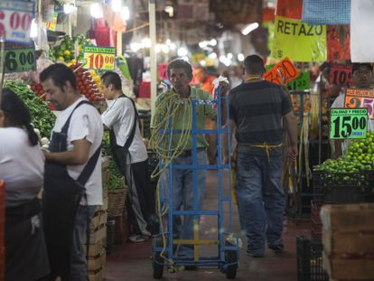 Mercado de La Merced, no Distrito Federal (México).
