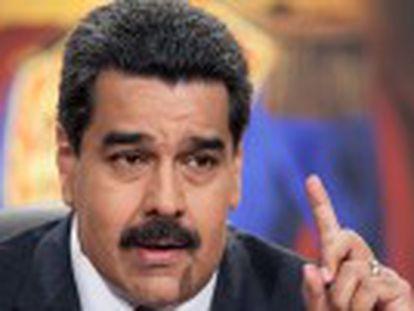 O presidente da Venezuela acusa Rajoy de ser o artífice da votação no Congresso espanhol a favor da libertação dos presos políticos
