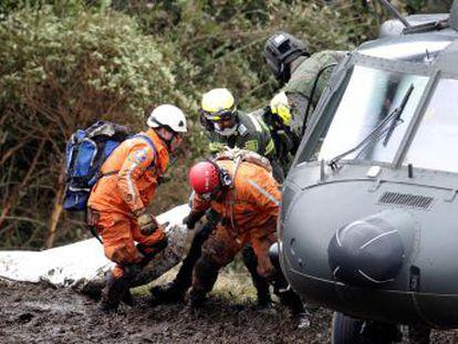 Seis pessoas, duas delas em estado grave, sobreviveram à tragédia graças ao fato de a aeronave não ter explodido