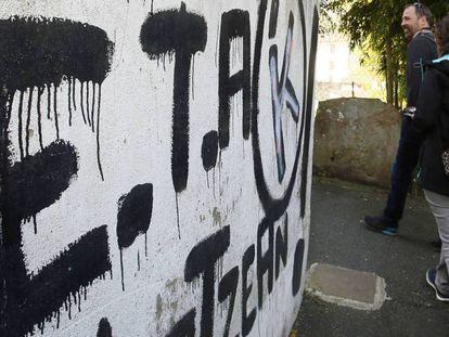 Uma pintada de ETA em Bayona.