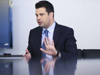 O ministro Leonardo Picciani, em seu gabinete.
