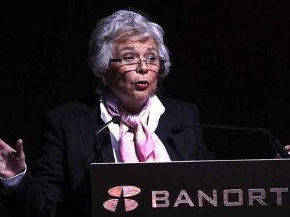 A futura secretária de Governo, Olga Sánchez Cordero, no fórum bancário.